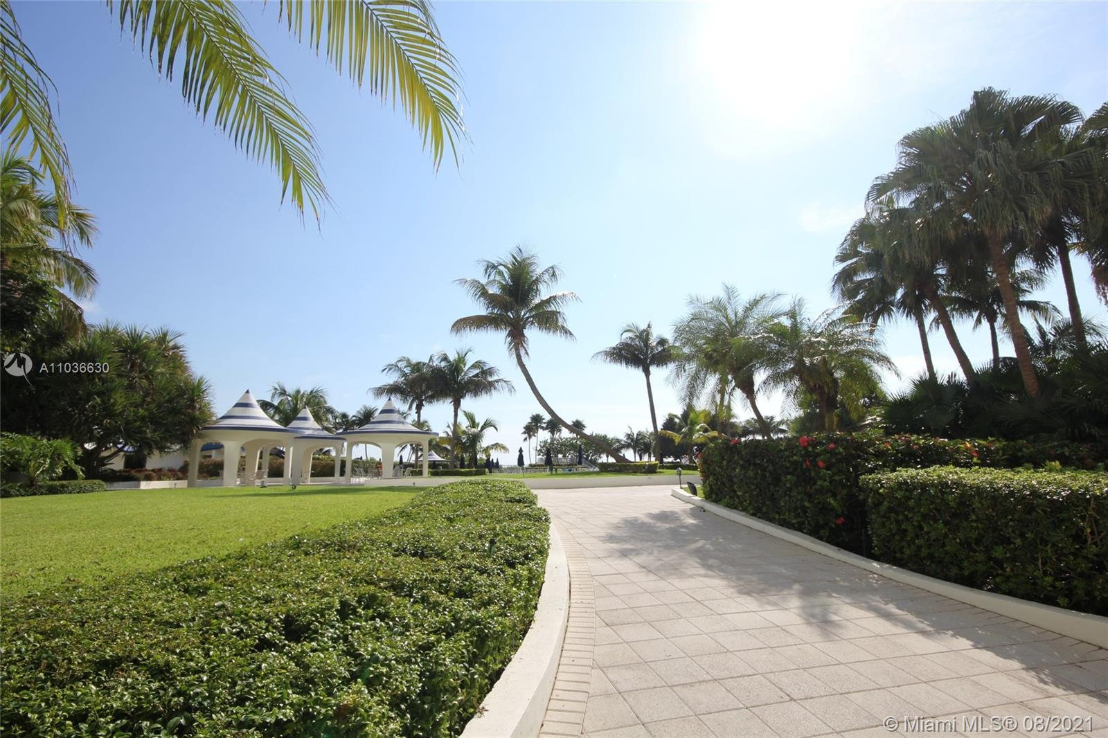 5151 Collins Ave #1520 photo015