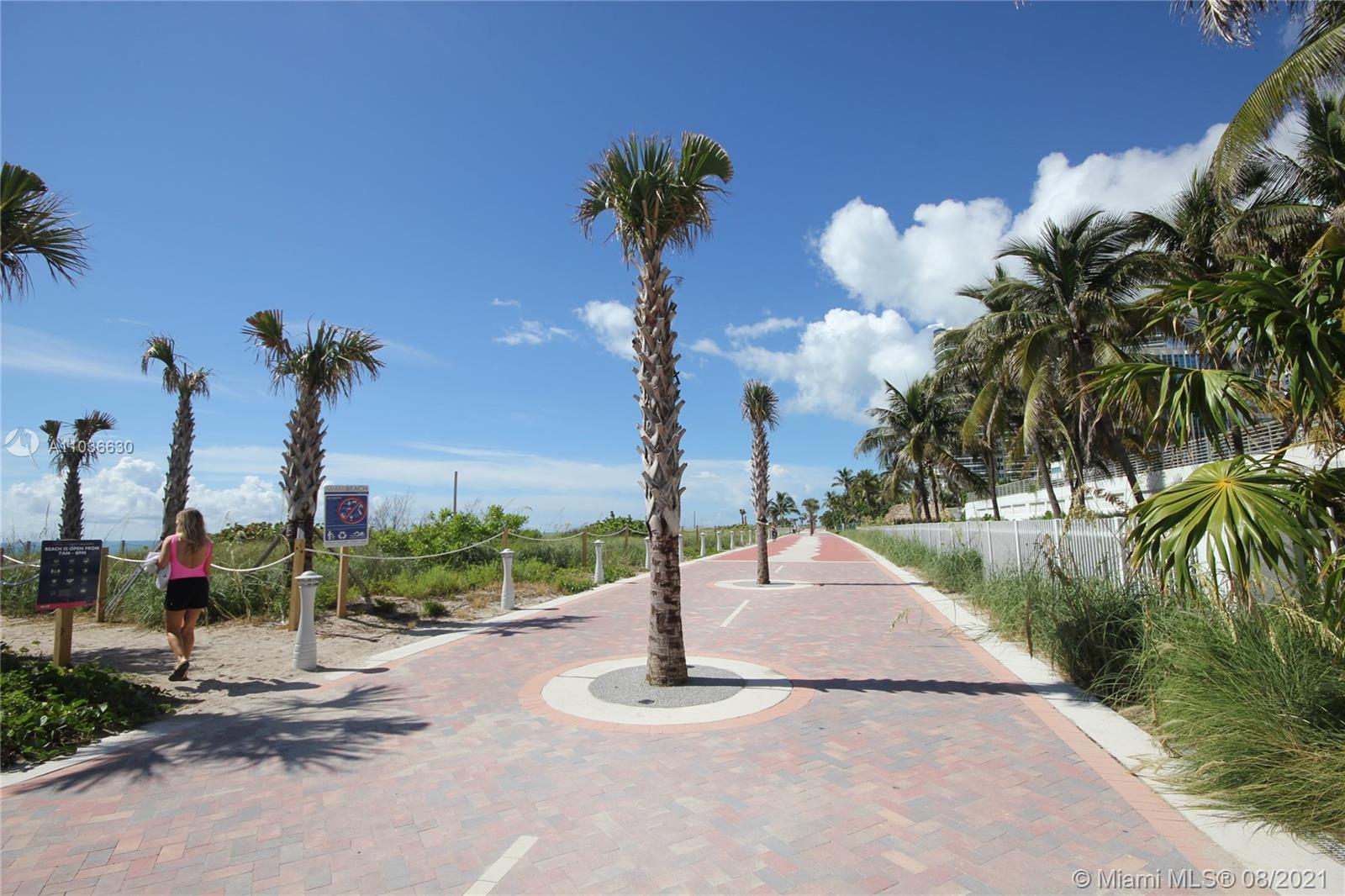 5151 Collins Ave #1520 photo035