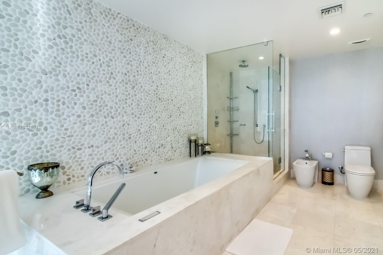 17121 Collins Ave #1001 photo036