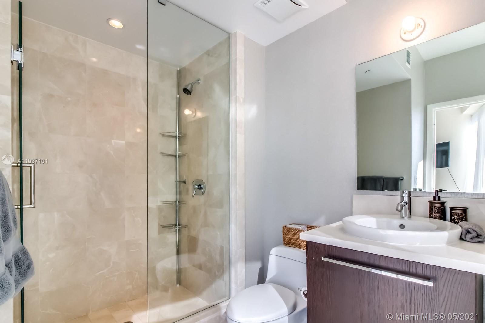 17121 Collins Ave #1001 photo024