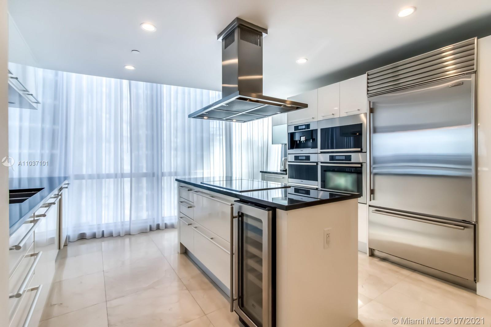 17121 Collins Ave #1001 photo014