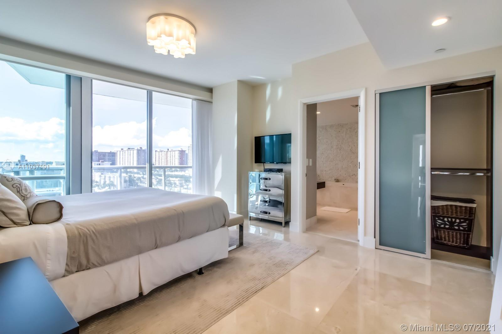 17121 Collins Ave #1001 photo029