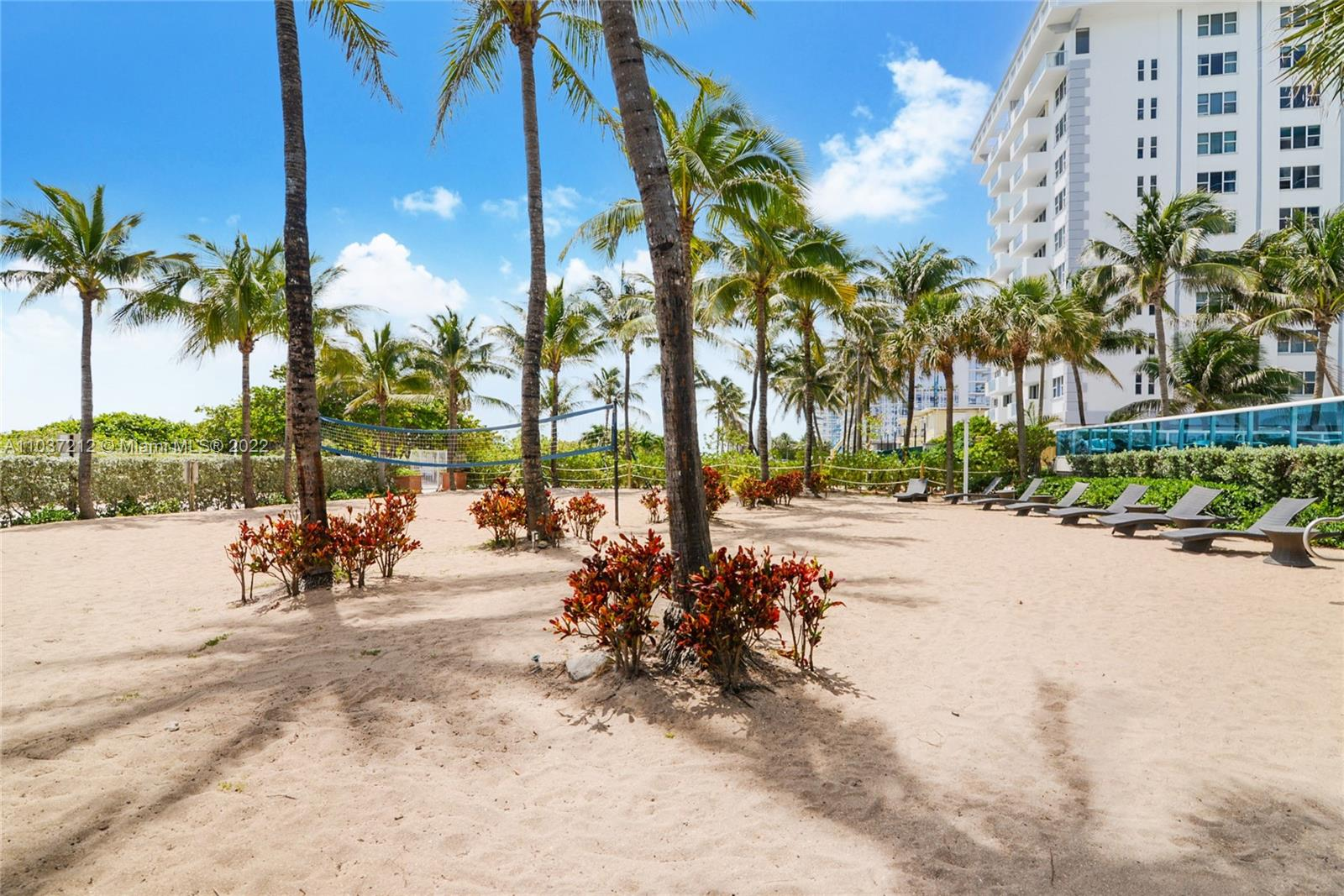 9201 Collins Ave #821 photo013