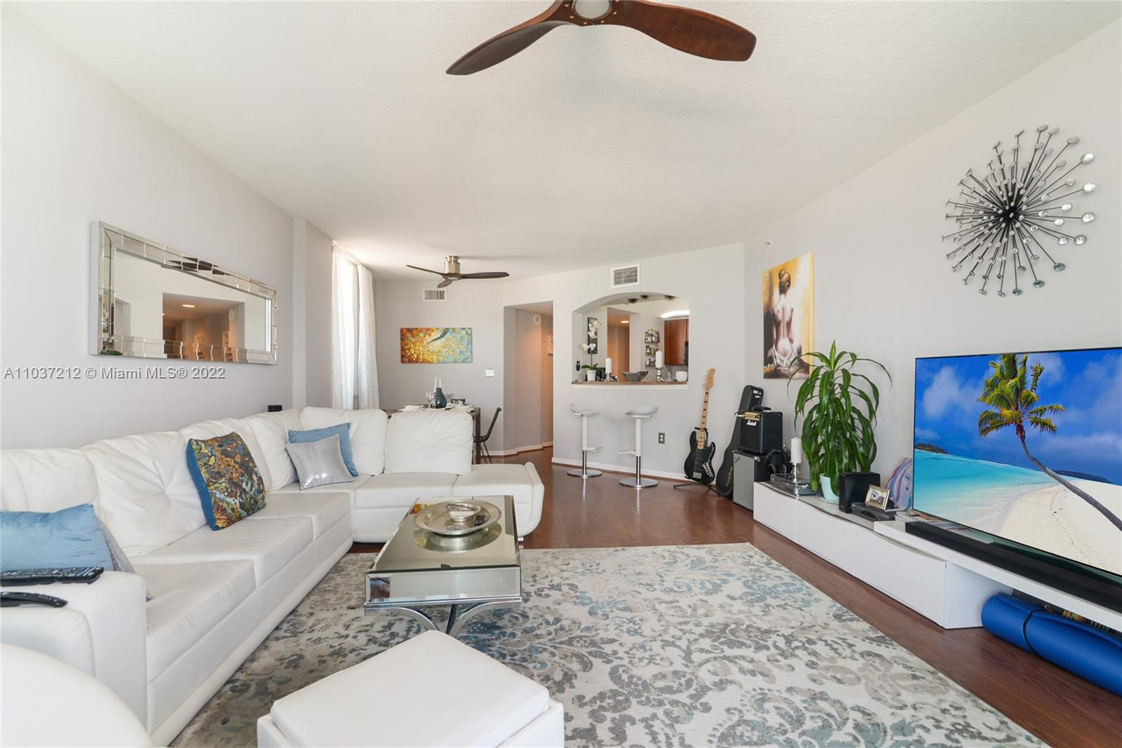 9201 Collins Ave #821 photo05