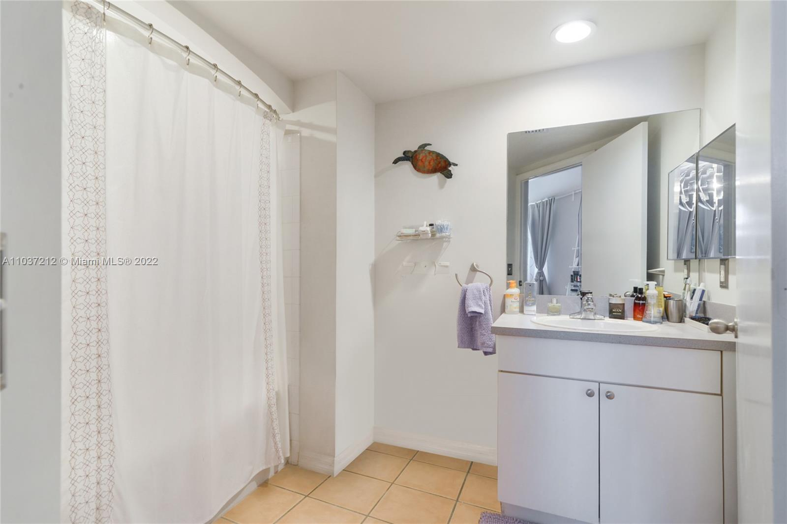 9201 Collins Ave #821 photo010