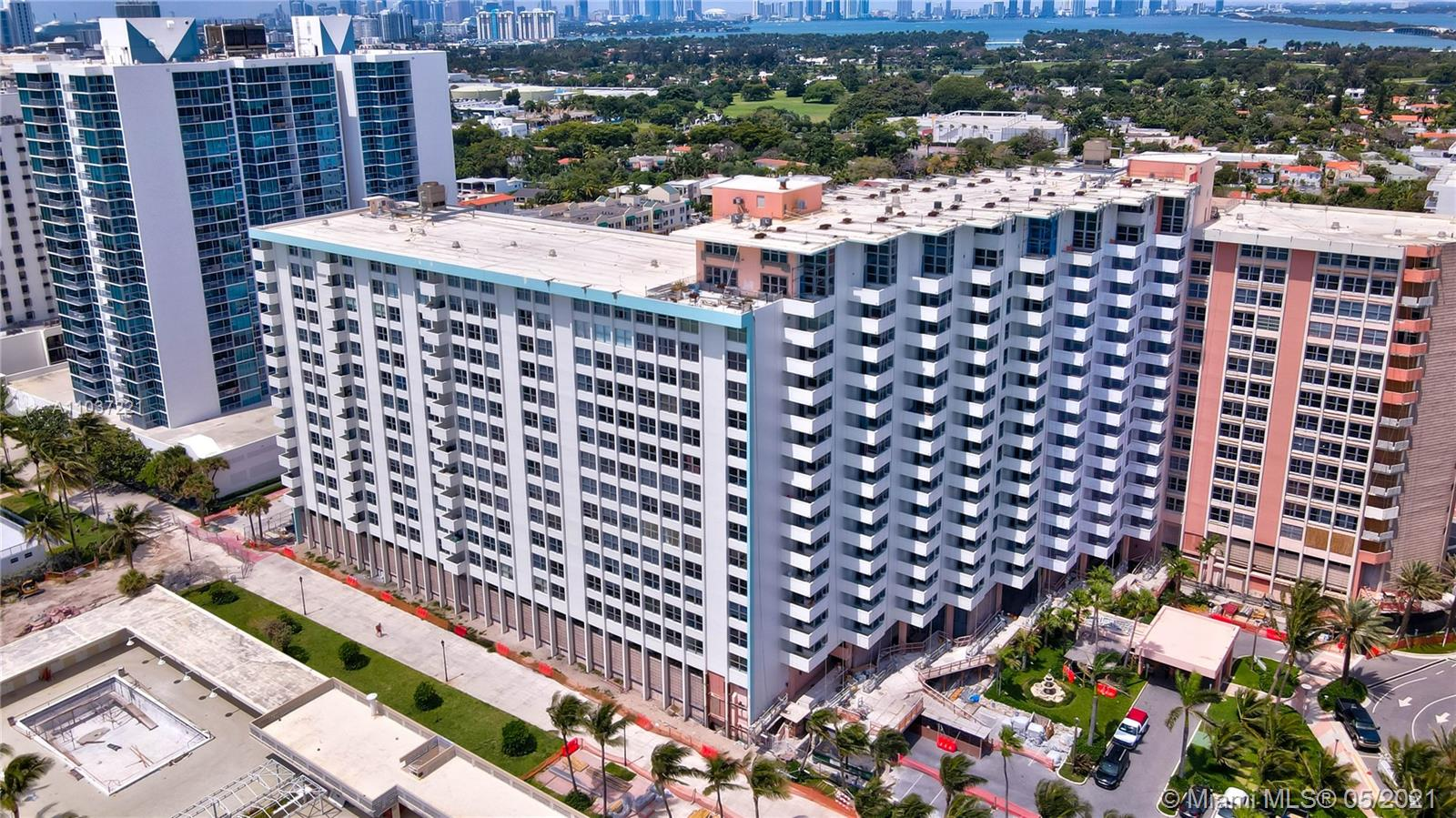2899 Collins Ave #1634 photo023