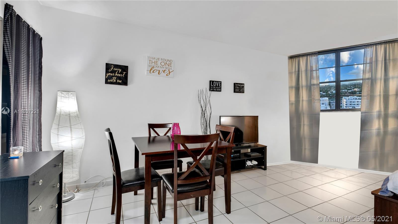 2899 Collins Ave #1634 photo09