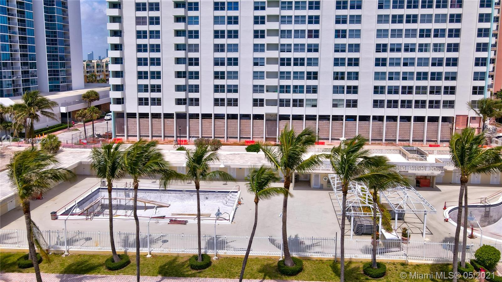 2899 Collins Ave #1634 photo030