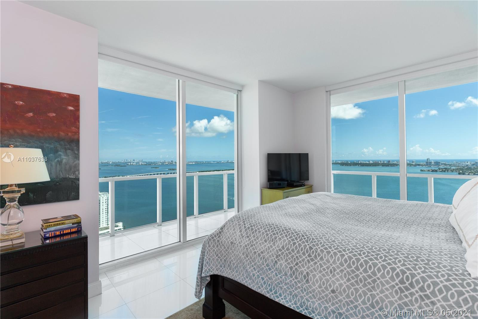 Quantum on the Bay #4202 - 1900 N Bayshore Dr #4202, Miami, FL 33132