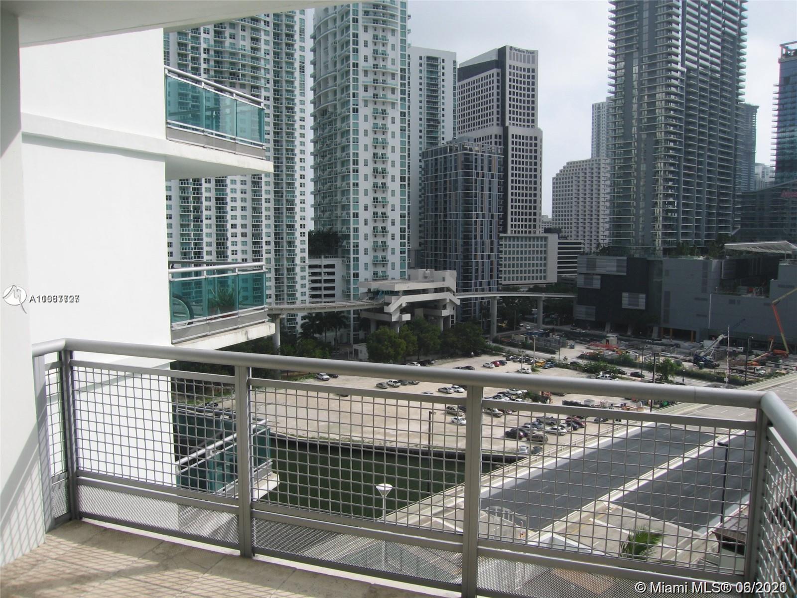 350 S Miami Ave #1504 photo05