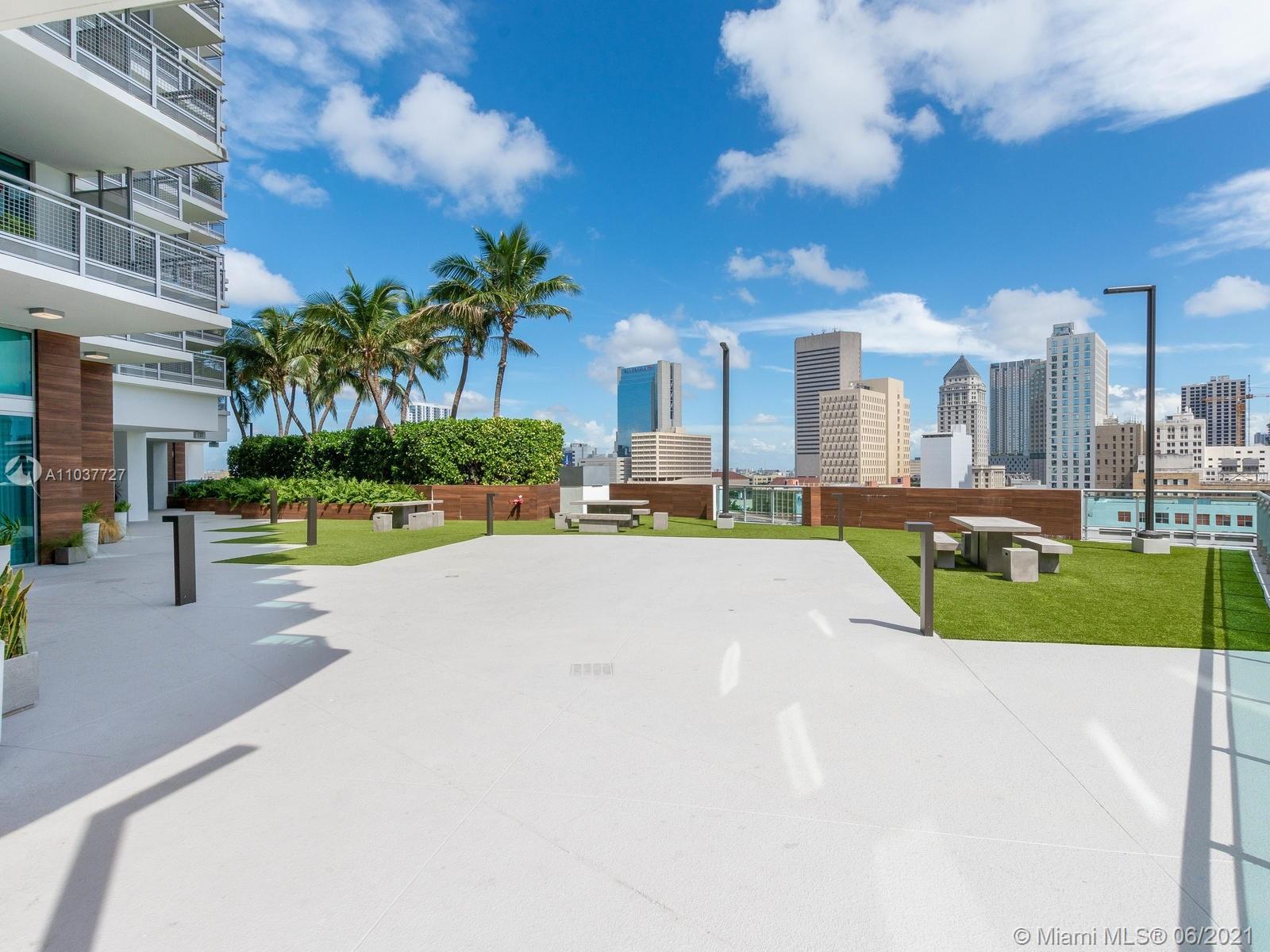 350 S Miami Ave #1504 photo030