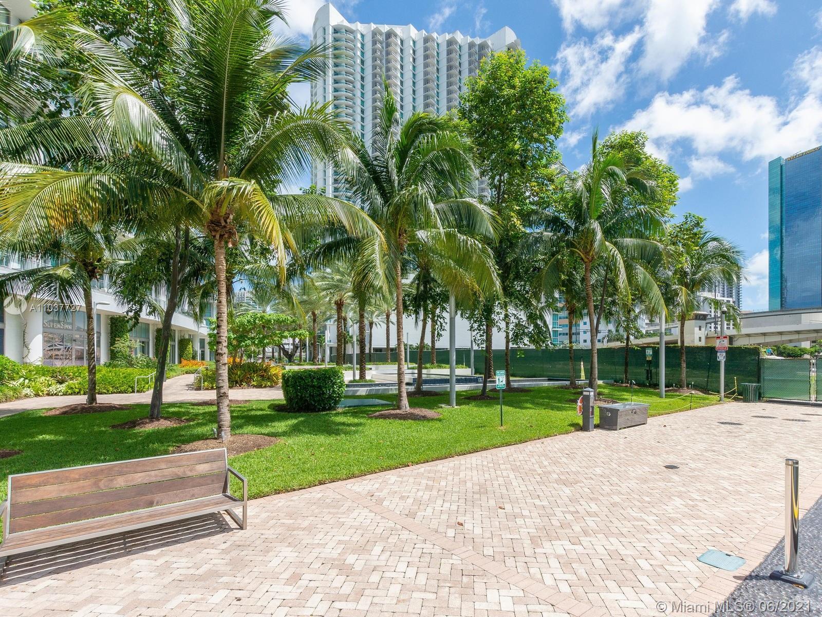 350 S Miami Ave #1504 photo041
