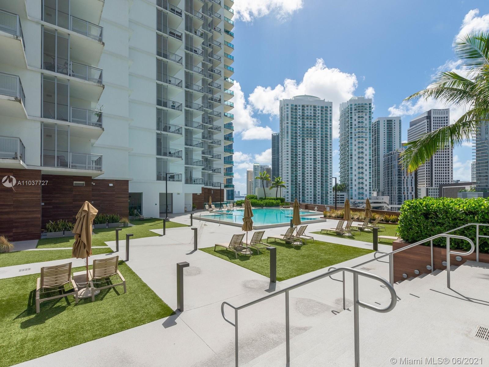 350 S Miami Ave #1504 photo064