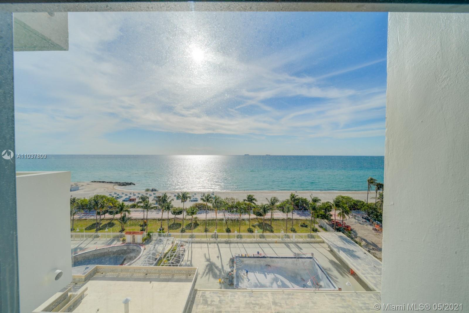 2899 Collins Ave #1043 photo02