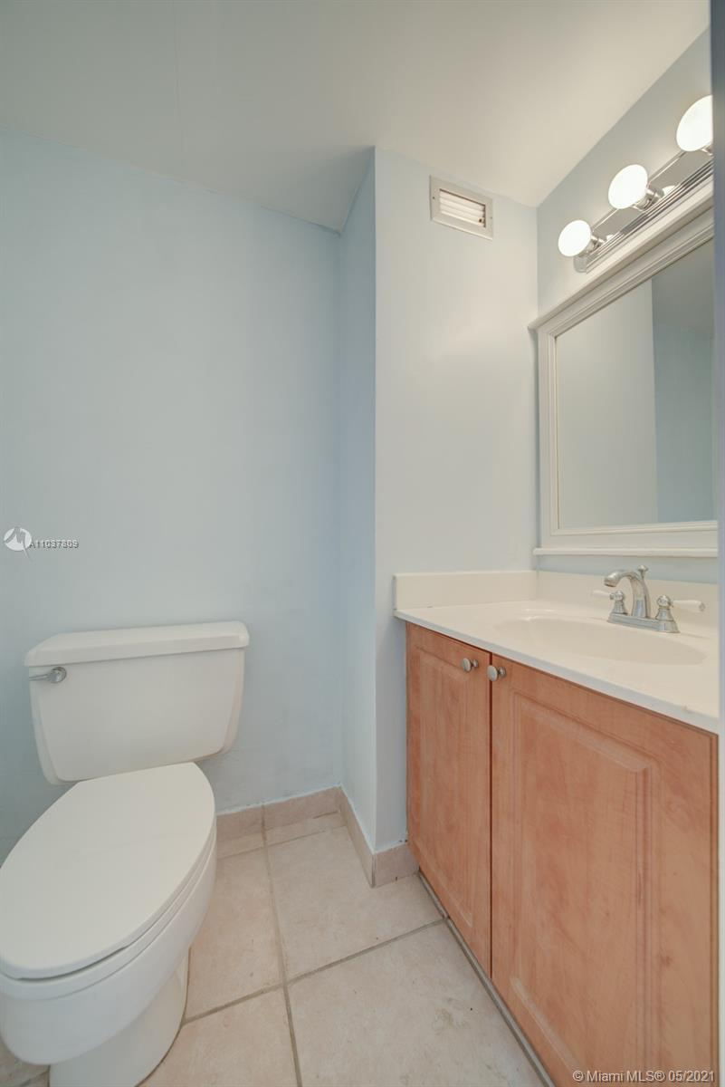 2899 Collins Ave #1043 photo017