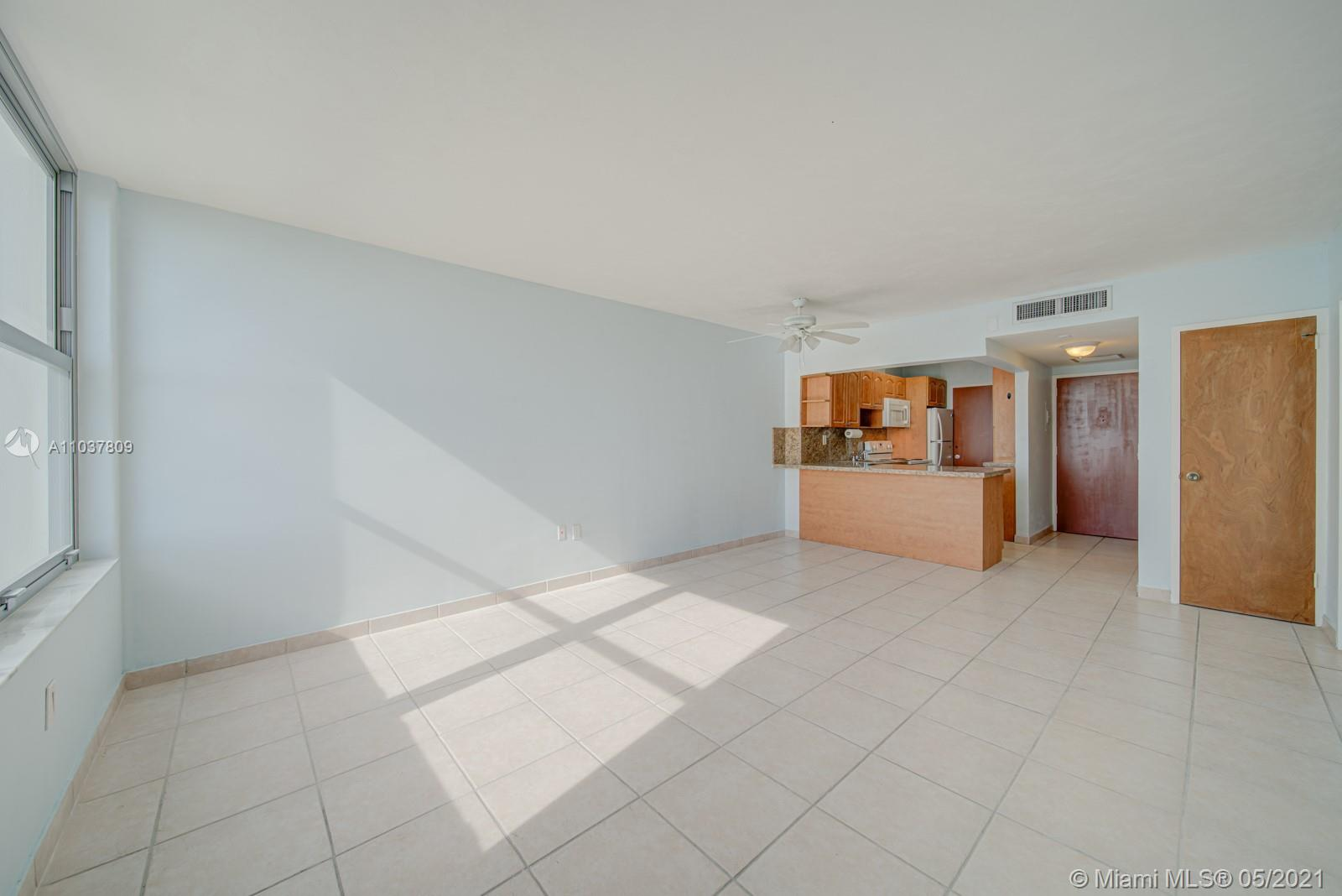 2899 Collins Ave #1043 photo020