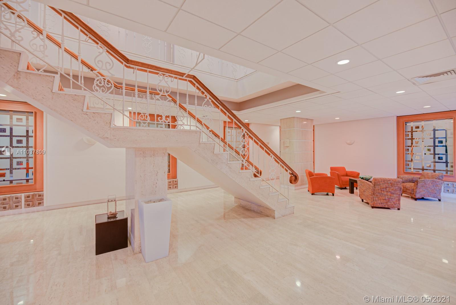 2899 Collins Ave #1043 photo024
