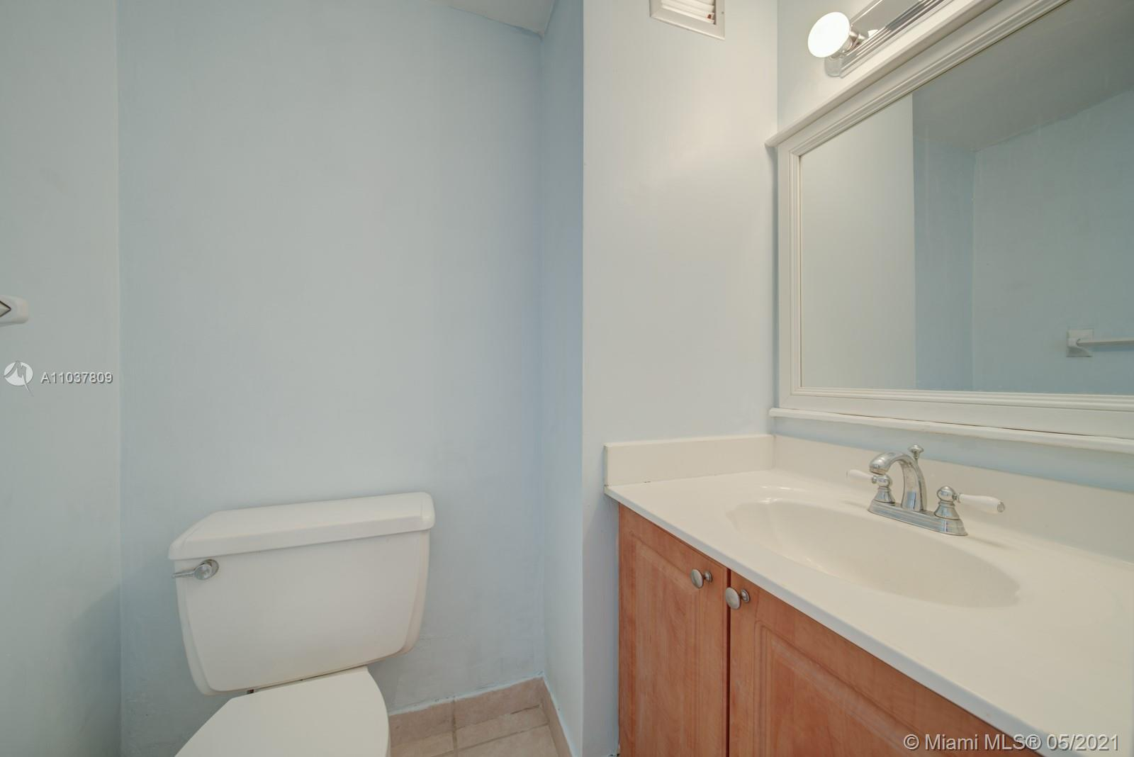 2899 Collins Ave #1043 photo018
