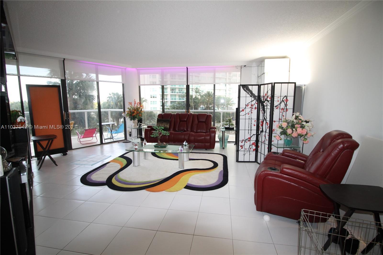 Hamptons West #208 - 20281 E Country Club Dr #208, Aventura, FL 33180