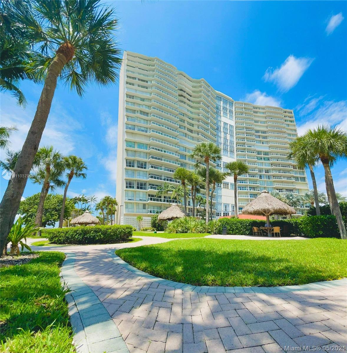 Brickell Townhouse #6E - 2451 Brickell Ave #6E, Miami, FL 33129