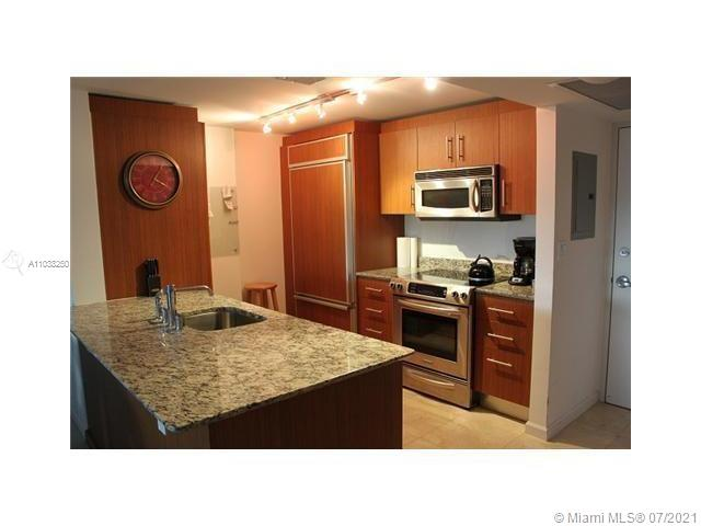 10275 Collins Ave #208 photo07