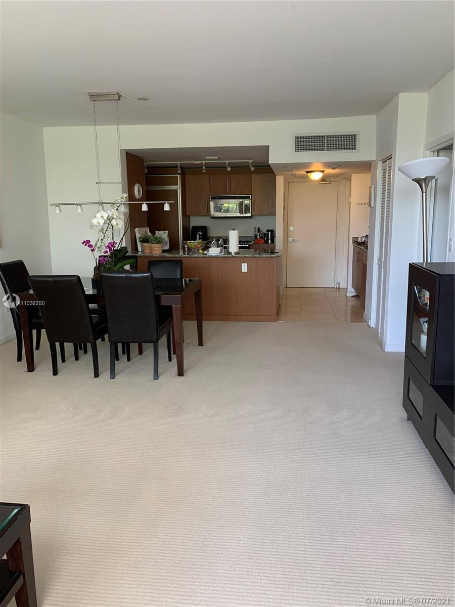 10275 Collins Ave #208 photo05