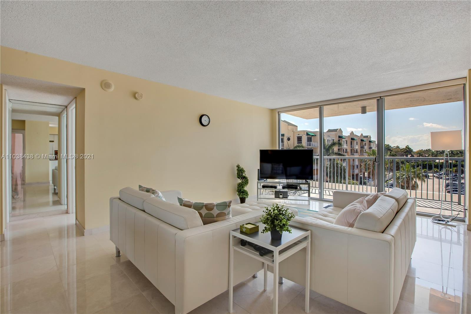 2655 Collins Ave #501 photo04