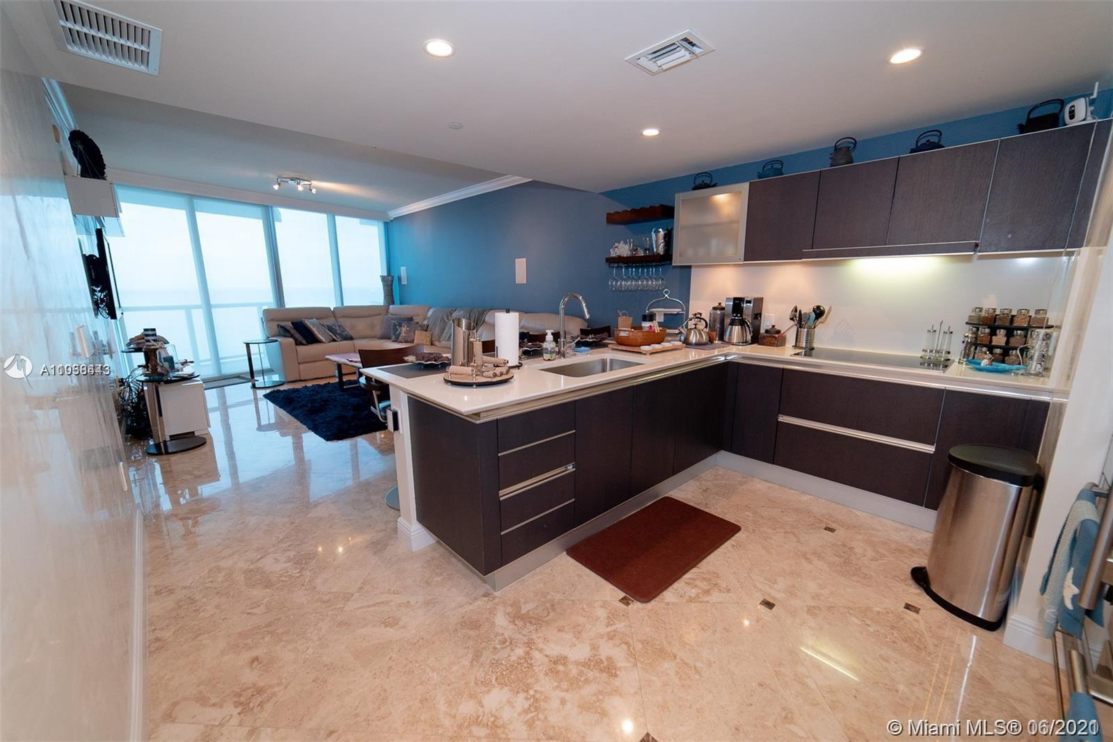 17001 Collins Ave #1403 photo02