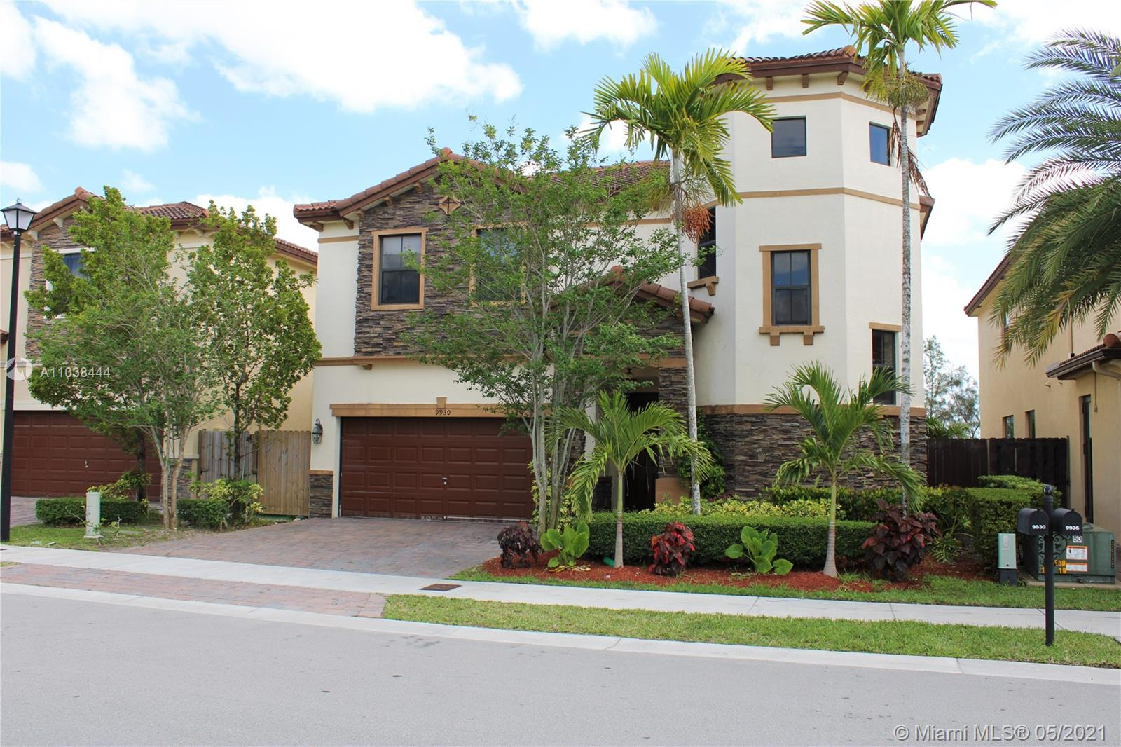 Grand Bay #9930 - 9930 NW 86th Ter #9930, Doral, FL 33178