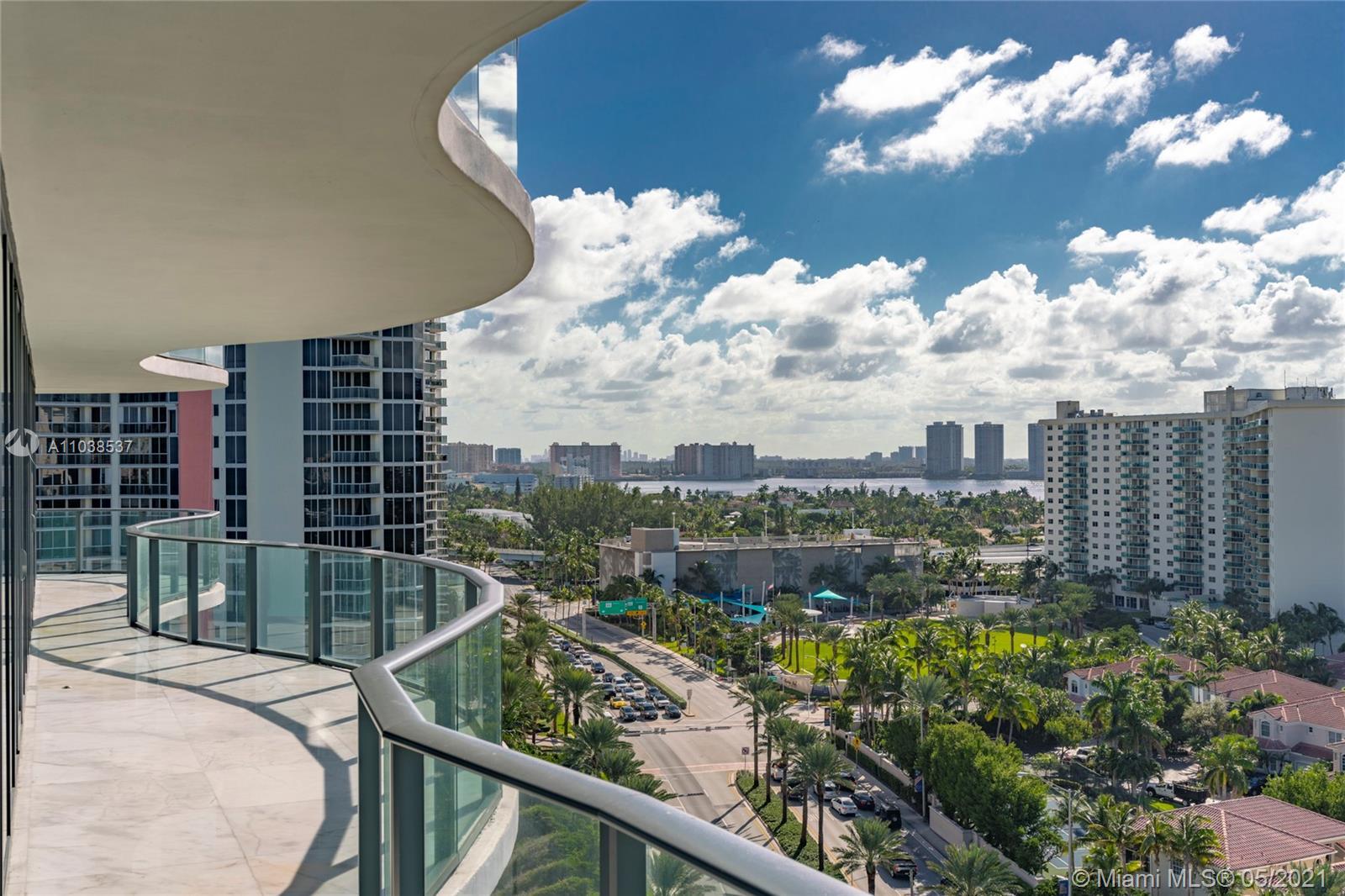 Regalia Miami #11 - 26 - photo