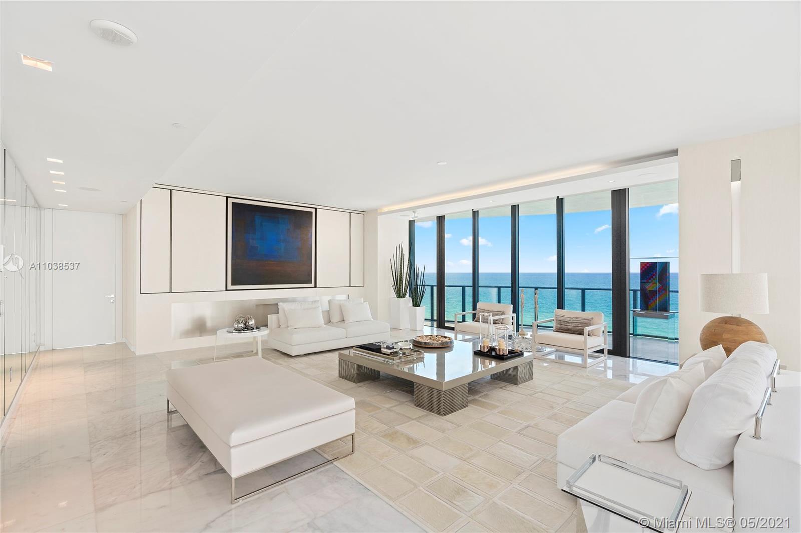 Regalia Miami #11 - 22 - photo