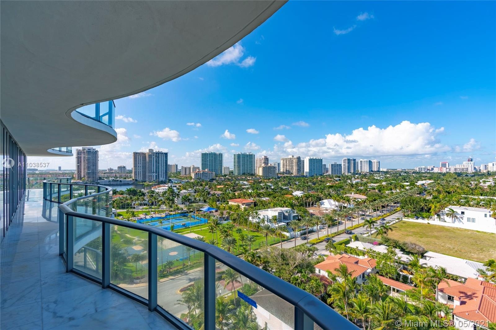 Regalia Miami #11 - 28 - photo