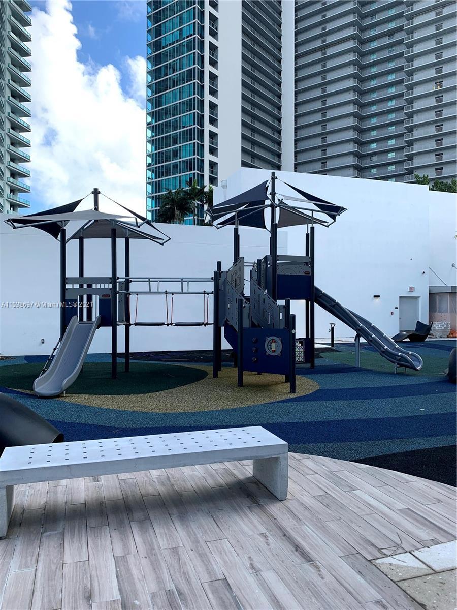 Paramount Miami Worldcenter #1208 - 25 - photo