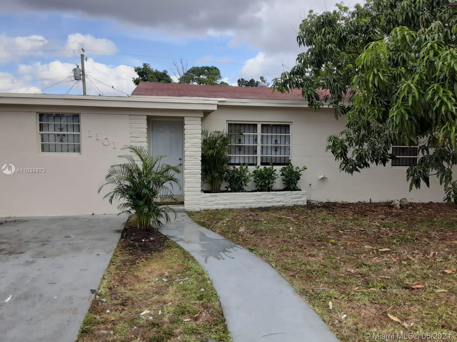 Bisc Gardens - 1101 NW 145th Ter, Miami, FL 33168