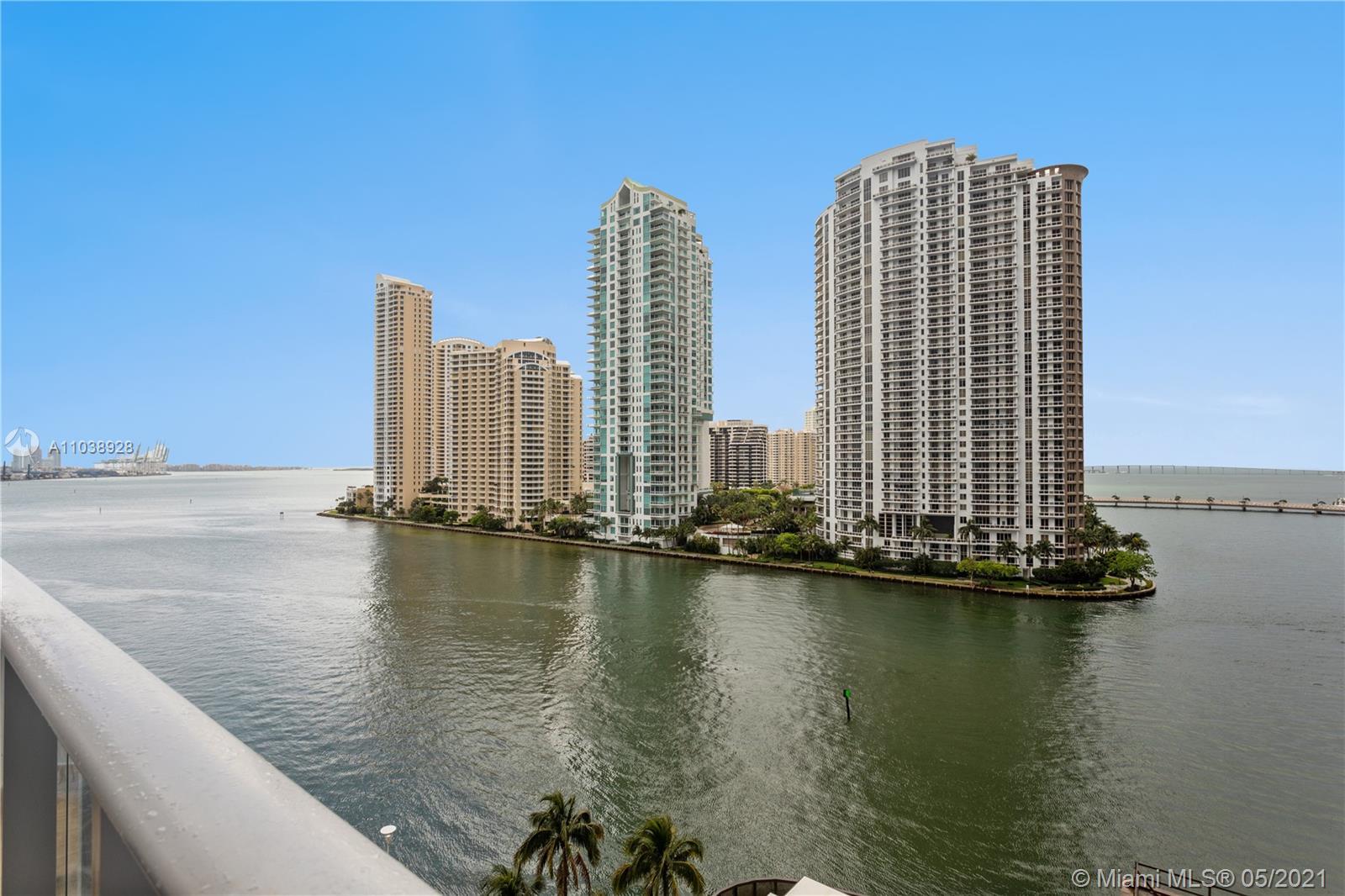 Met 1 #L-1012 - 300 S Biscayne Blvd #L-1012, Miami, FL 33131