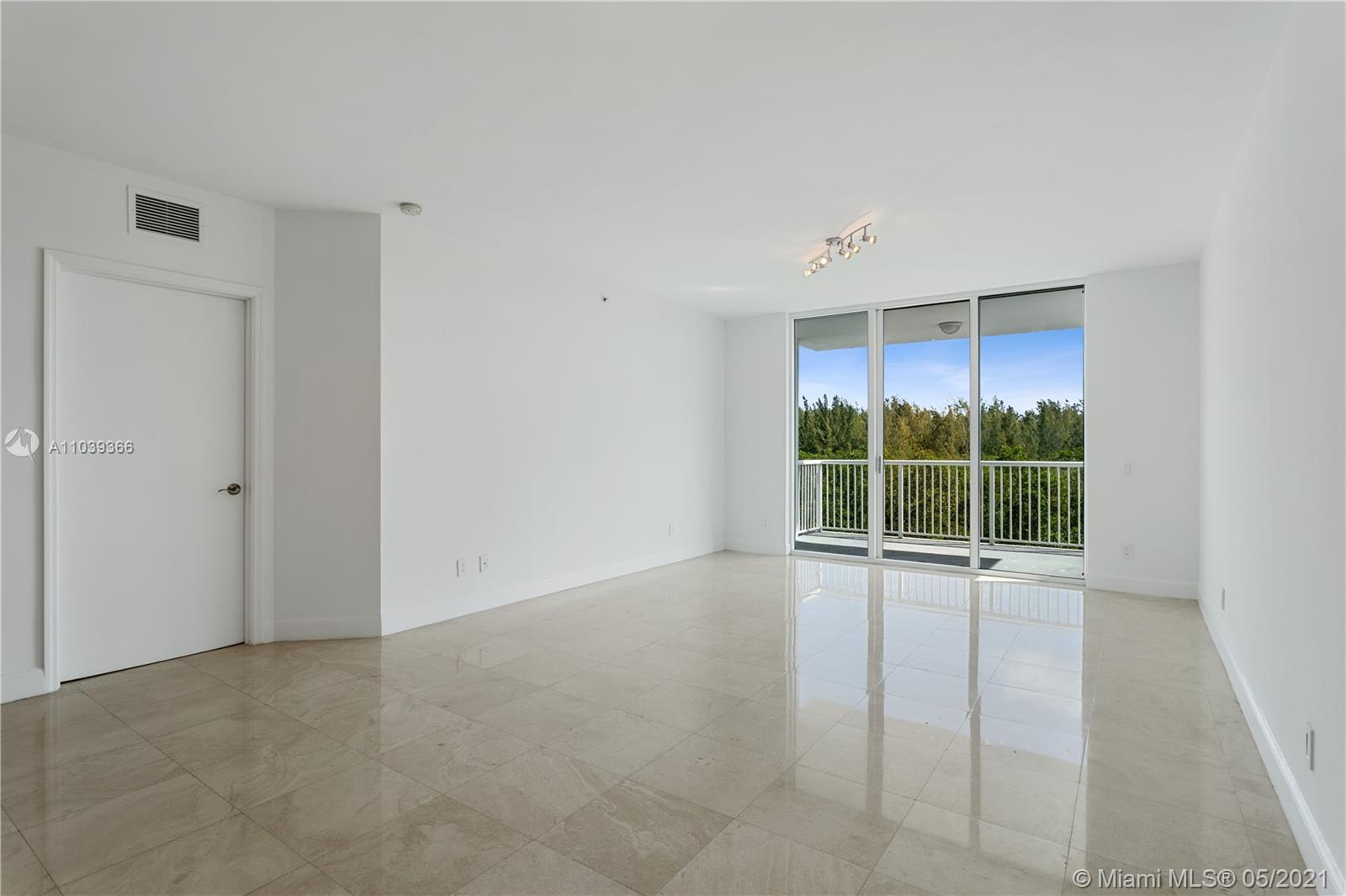 One Fifty One At Biscayne #406 - 14951 Royal Oaks Ln #406, North Miami, FL 33181