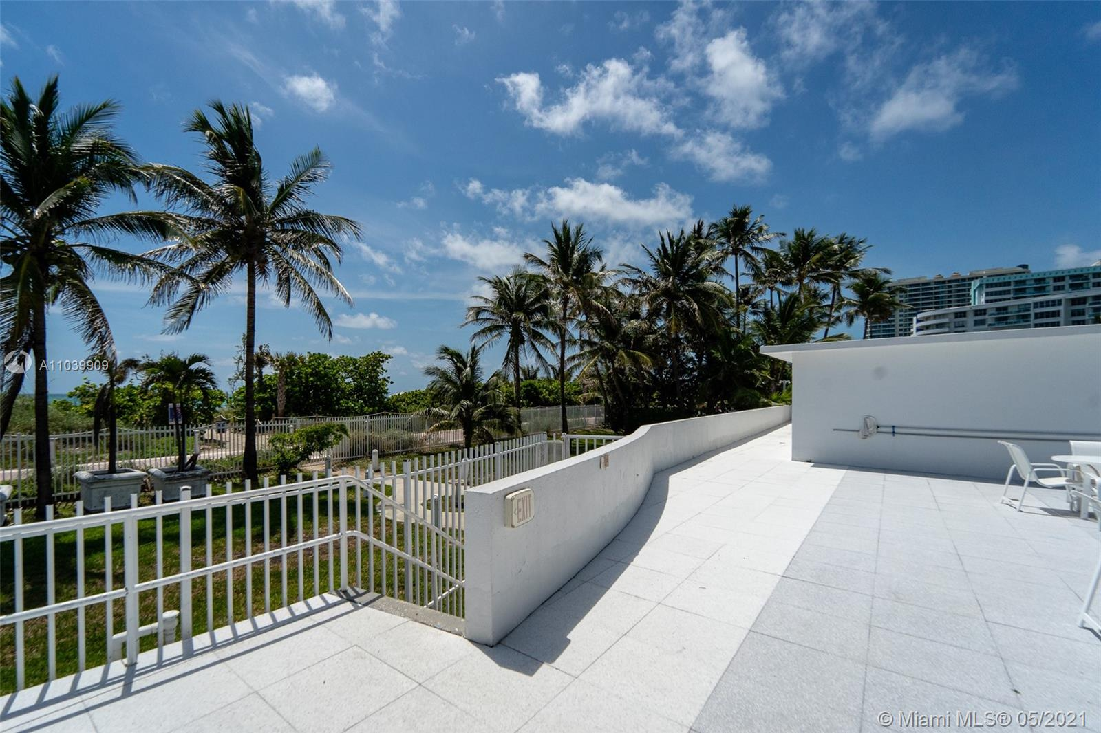 5255 Collins Ave #12A photo06