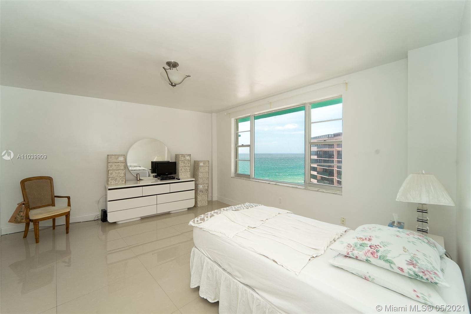 5255 Collins Ave #12A photo05