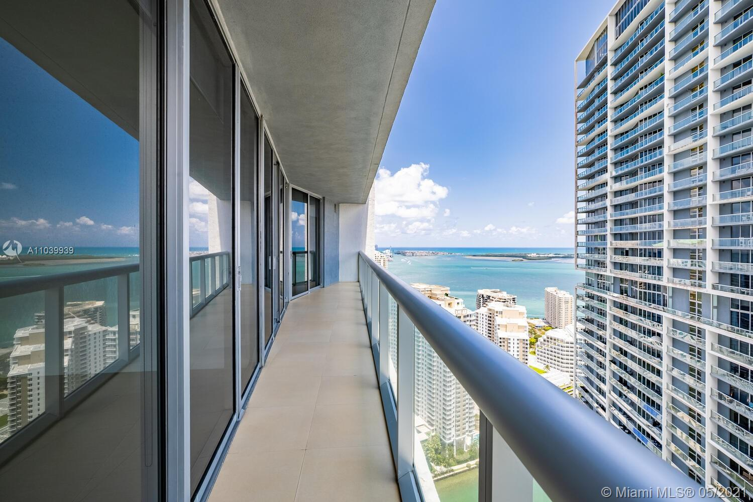 Icon Brickell 1 #4313 - 475 Brickell Ave #4313, Miami, FL 33131