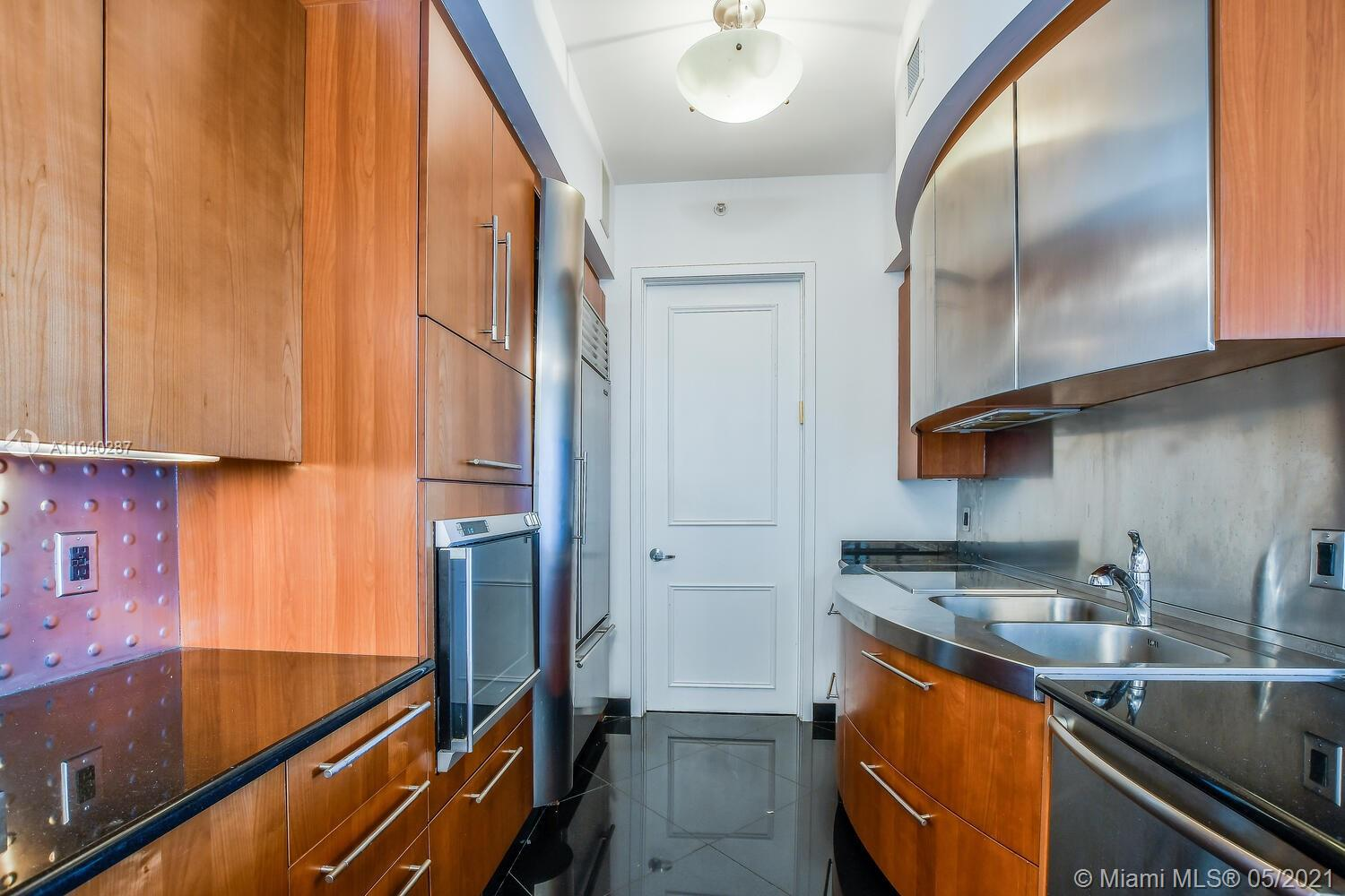18101 Collins Ave #1502 photo07
