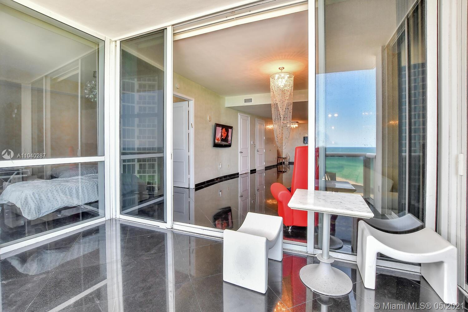 18101 Collins Ave #1502 photo020