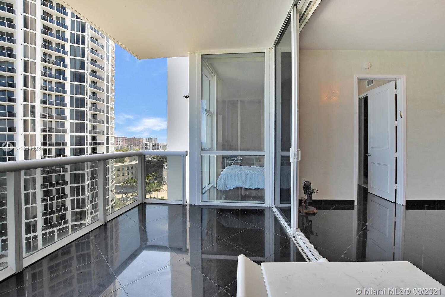 18101 Collins Ave #1502 photo019