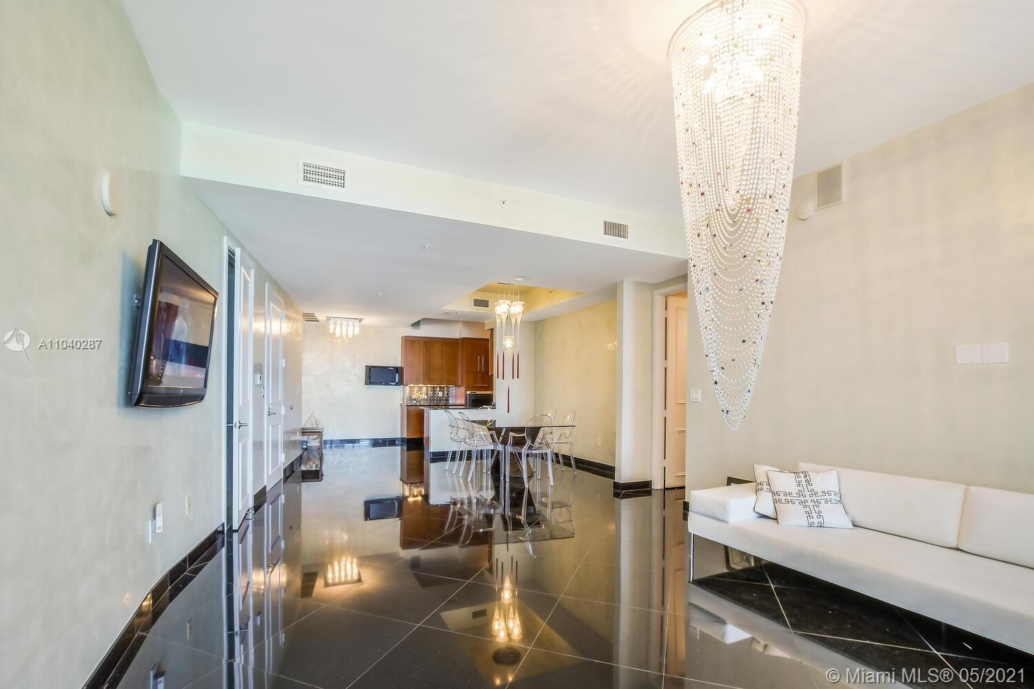 18101 Collins Ave #1502 photo04