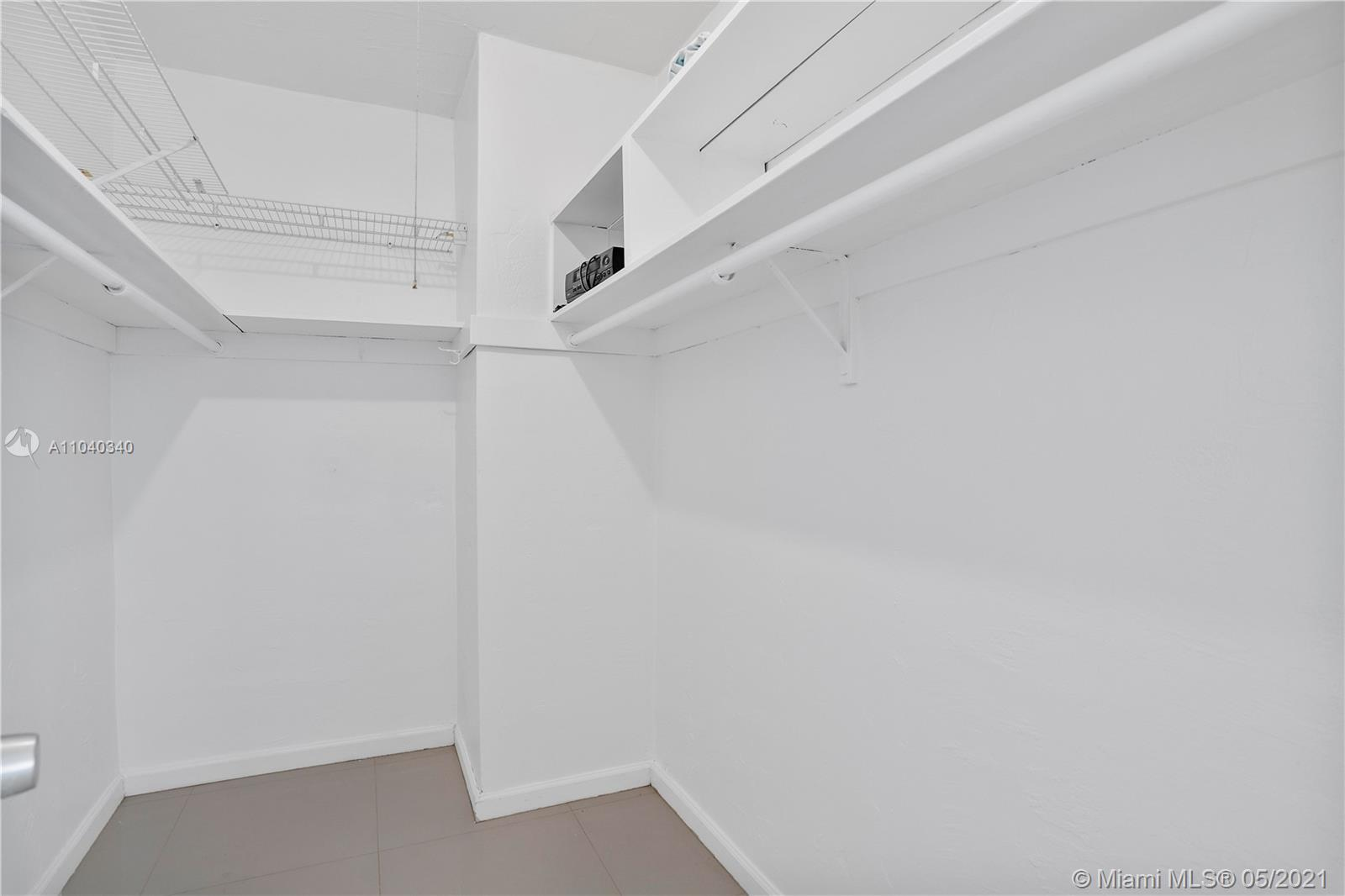 10185 Collins Ave #515 photo014
