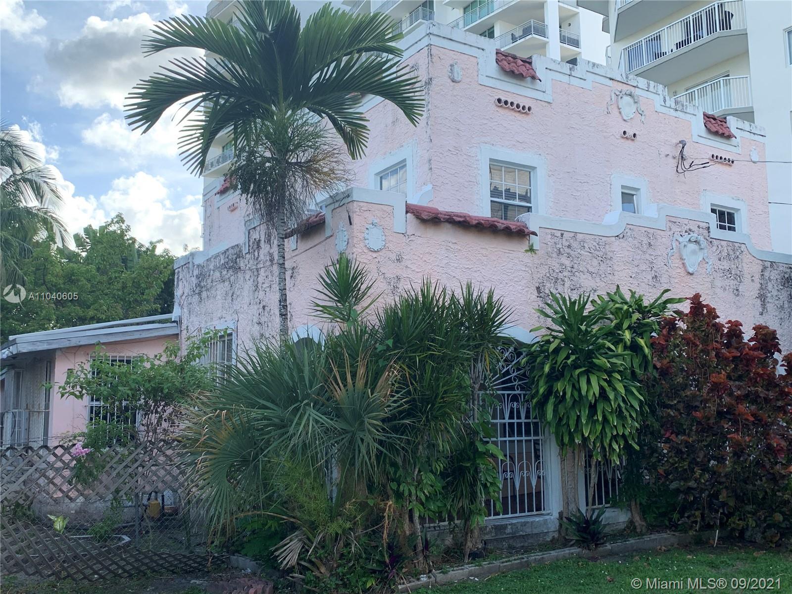 Holleman Park - 252 SW 20th Rd, Miami, FL 33129