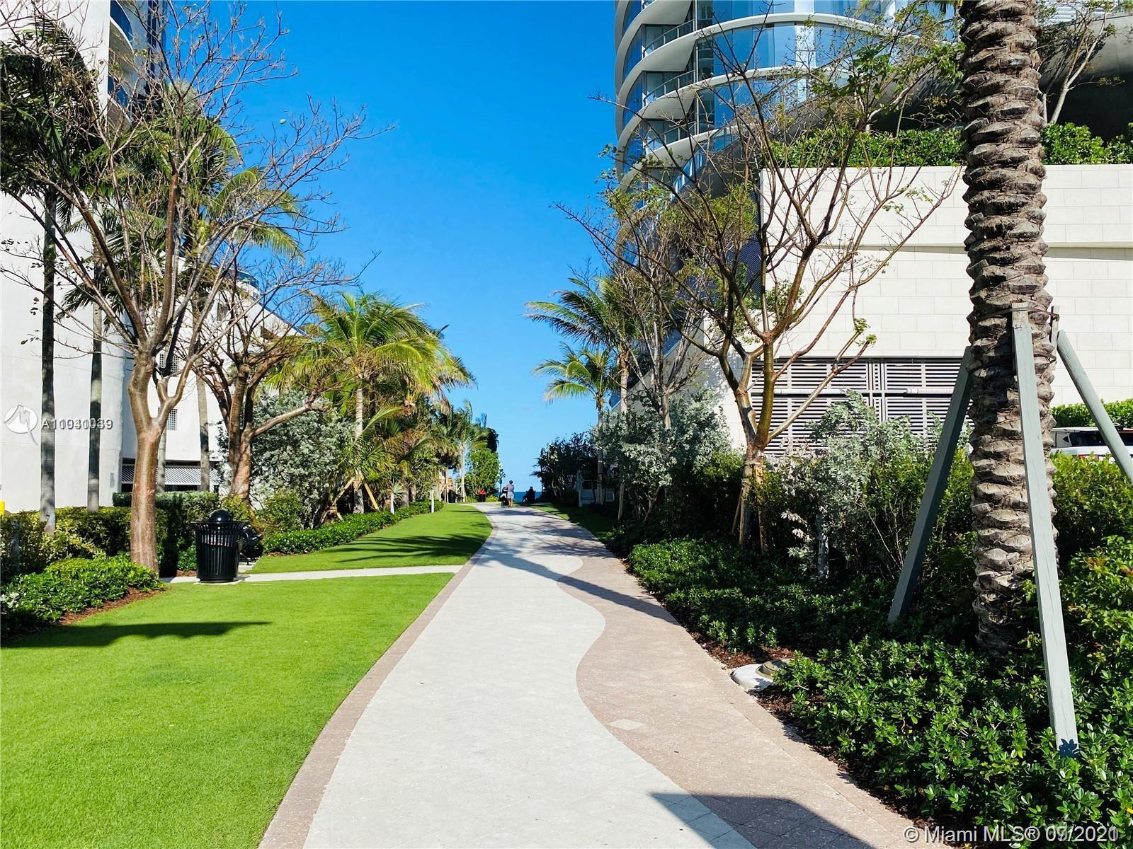 19380 Collins Ave #121 photo03