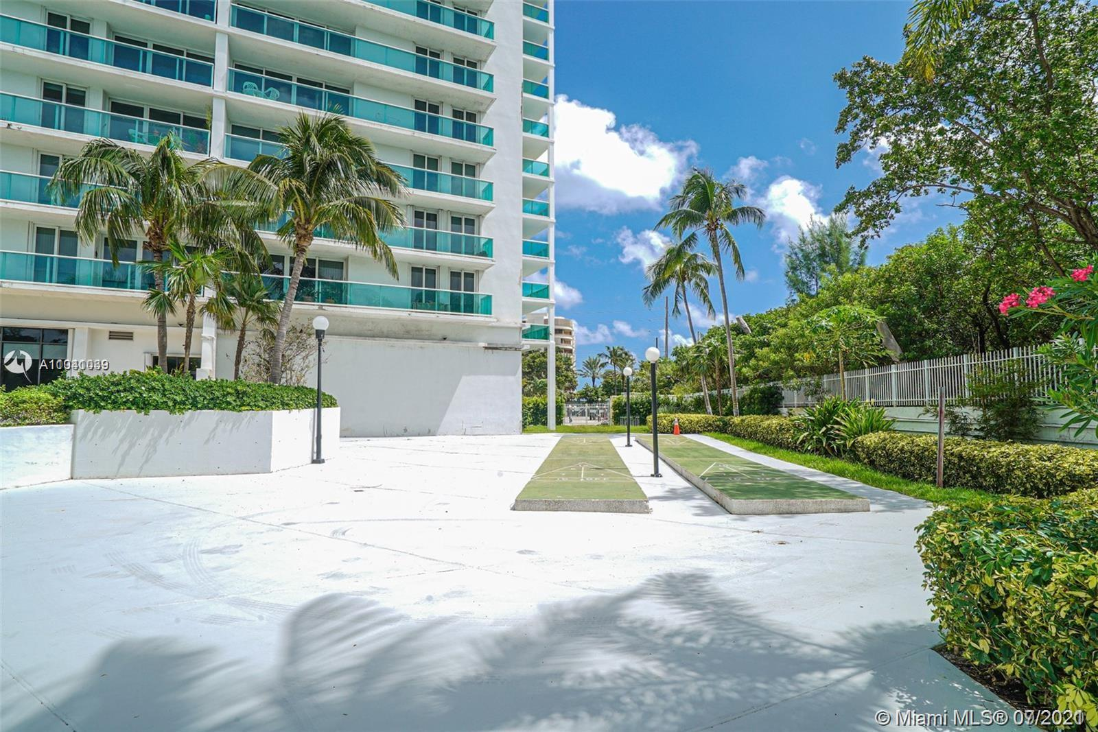 19380 Collins Ave #121 photo04