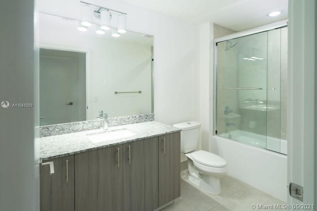 5350 NW 84th Ave #1801 photo016