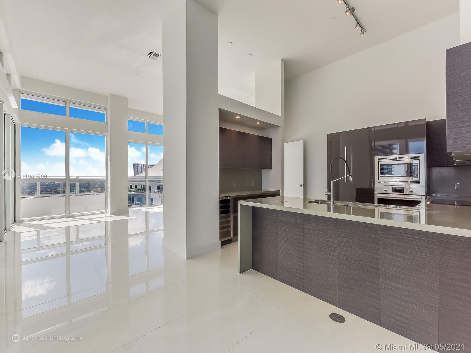 The Bond #4401 - 1080 Brickell Ave #4401, Miami, FL 33131