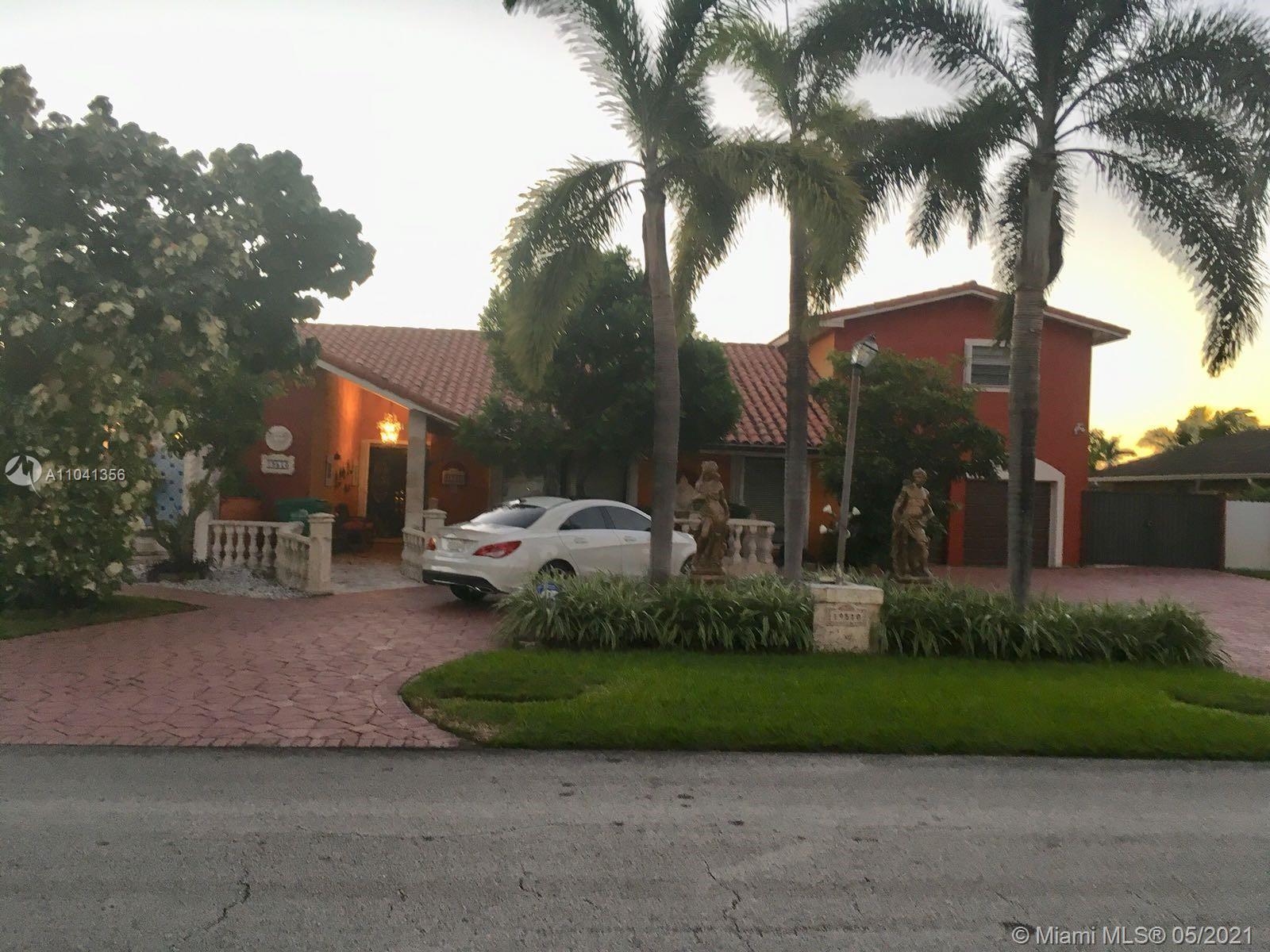 Country Club Of Miam - 19510 W OAKMONT, Hialeah, FL 33015
